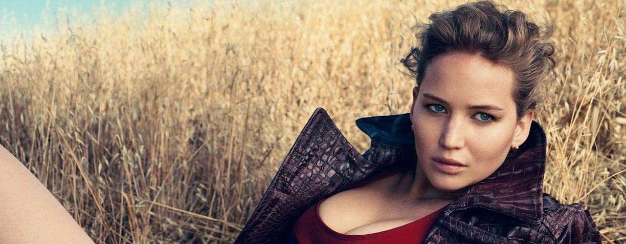 #1 Jennifer Lawrence A sus 22 años, la actriz alcanzó notoriedad mundial por protagonizar la exitosa cinta 'Los Juegos del Hambre'.
