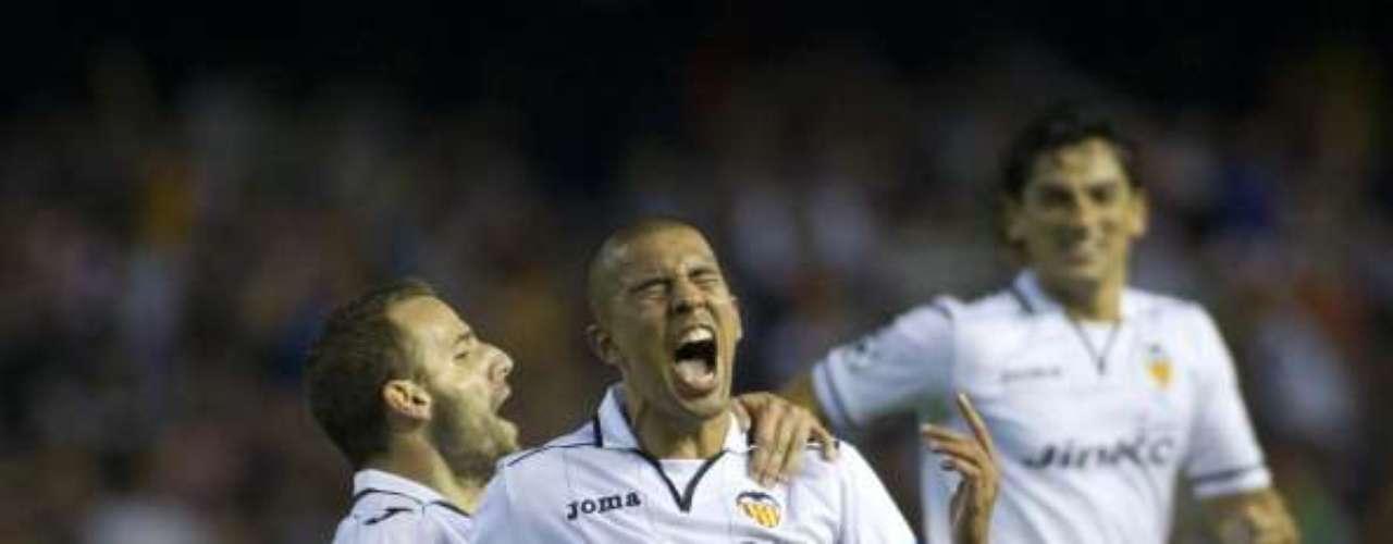 Domingo 16 de diciembre - Valencia quiere escalar posiciones en la clasificación cuando reciba en Mestalla al Rayo Vallecano