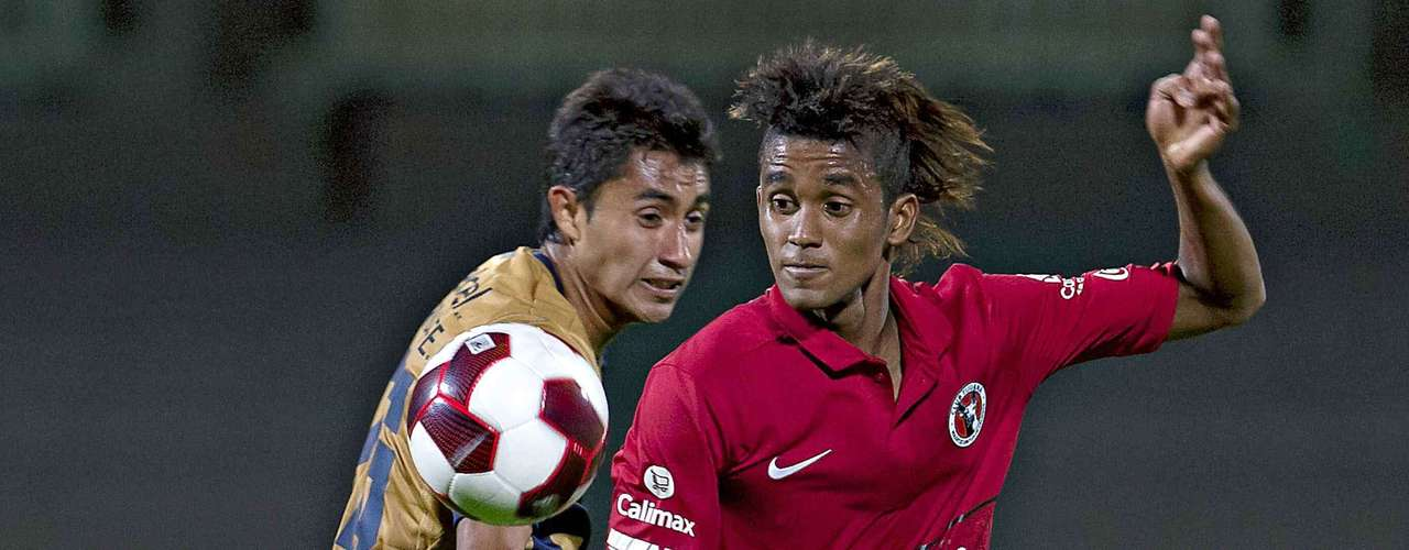 Fidel Martinez was one of the high profile transfers, from Deportivo Quito, though he had trouble winning a starting spot he stood out in the Liguilla for Xolos.