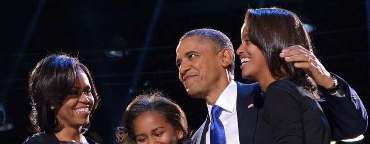 La familia Obama celebra la reelección del presidente de Estados Unidos, en Chicago, Illinois.