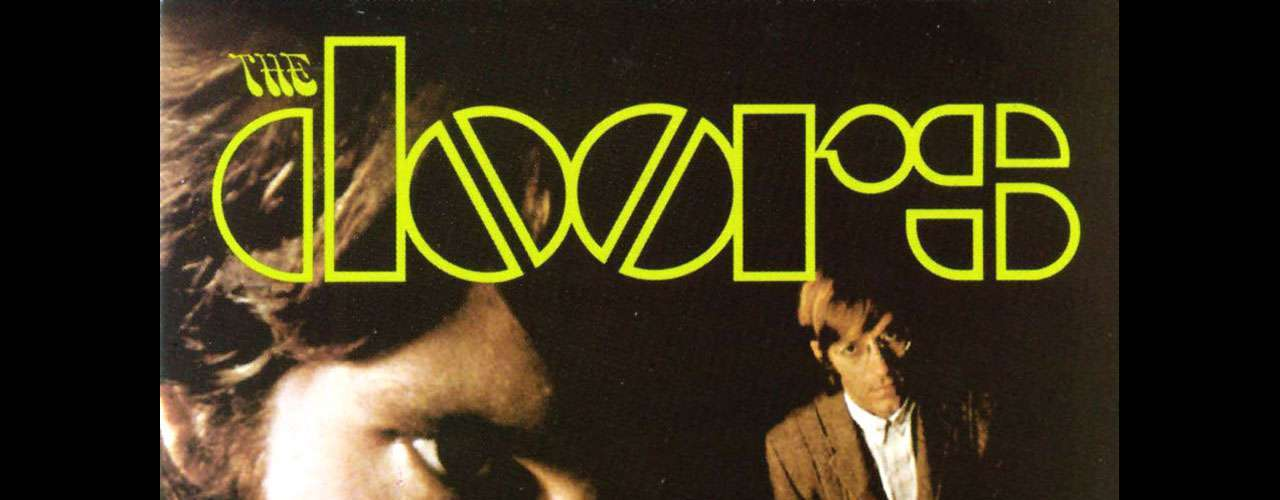 The Doors consiguió lanzarse a la escena musical con este disco homónimo, considerado como una de las grandes producciones de todos los tiempos. Con temas como 'Break on Through (To the Other Side)' o 'Light My Fire', el álbum 'The Doors' enalteció el nombre de esta banda que sigue vigente en la música.