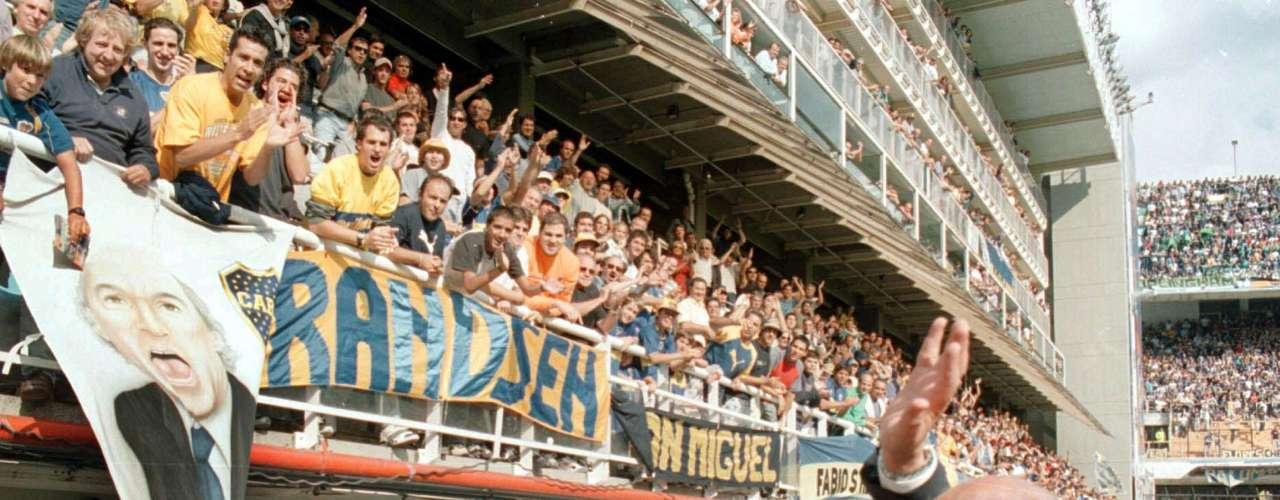 Pero un día, volvió. Bianchi regresó como DT de Boca a inicios del 2003