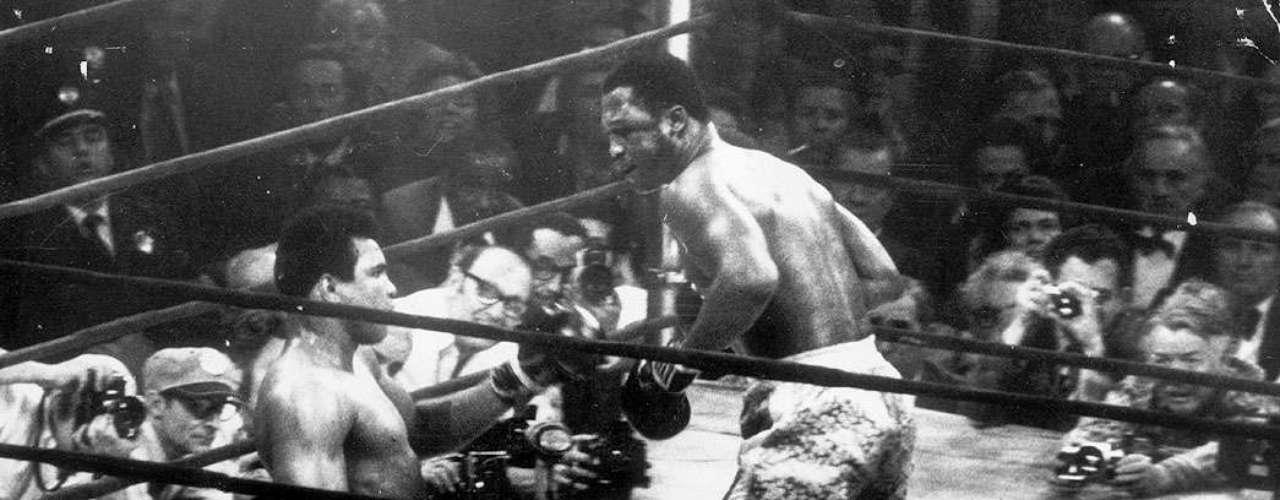 Joe Frazier; Récord: 32-4-1, 27 KO; Años en activo: 1965-1981; Títulos: CMB/AMB Heavyweight