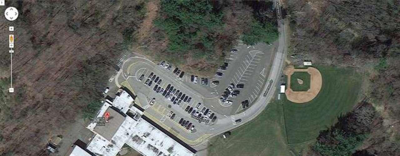 El tiroteo sucedió en la mañana de este viernes, cuandolos niños se hallaban tomando clase.