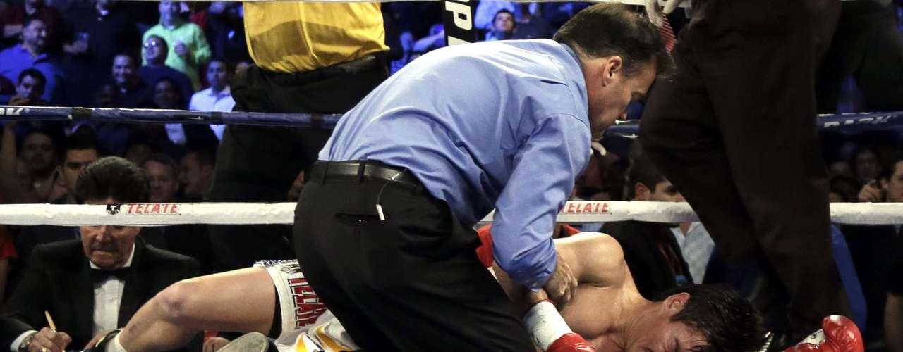 Así puso Arce el final a su legendaria carrera, la cual pasó con algunas buenas peleas.