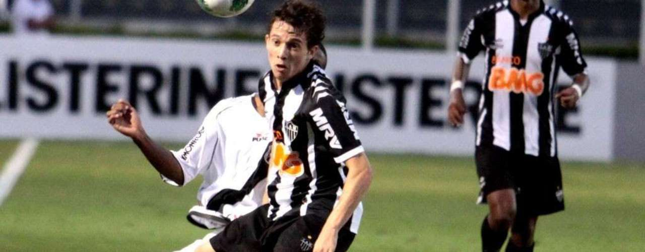 The young star of Atletico Mineiro, Bernard, is valuedat 8.8 to 10 million Euros.