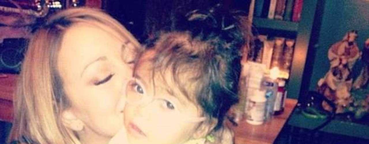 Mariah Carey y su adorable hija Morrocan, listas para recibir a Santa Claus