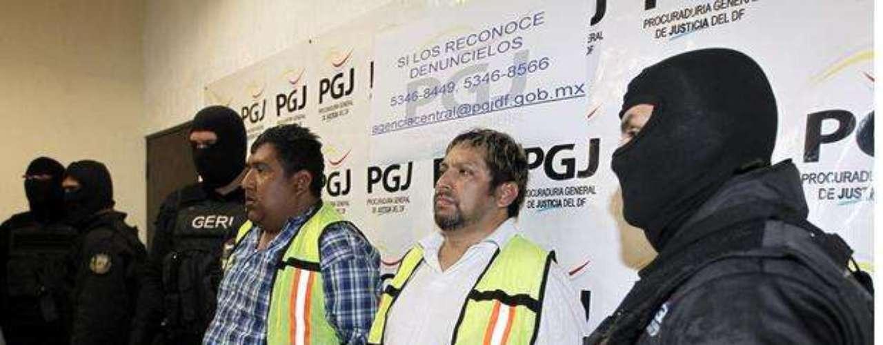 29 de febrero del 2012.- (camisa blanca) Marco Antonio Hernández García, alias \
