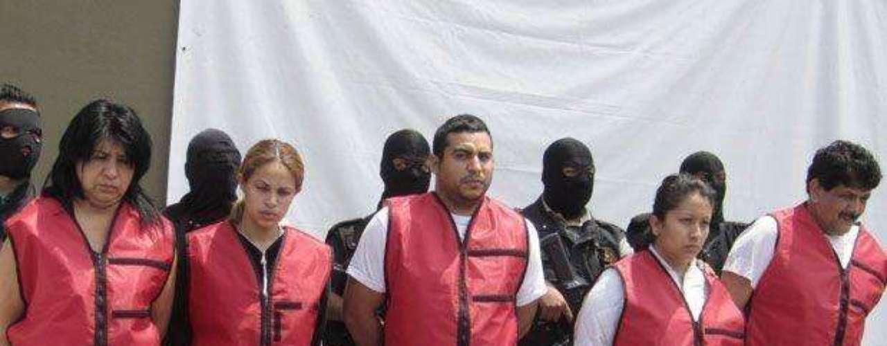 10 de abril del 2012.- Militares capturaron en el municipio de Santa Catarina, Nuevo León, a Héctor Rosbel Tinoco o Héctor Rousbel Huerta, alias \