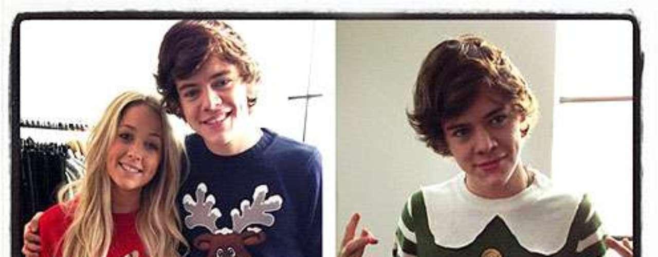 El famoso Harry Styles, de la banda One Direction, no le teme al ridículo con sus 'ugly sweaters'.