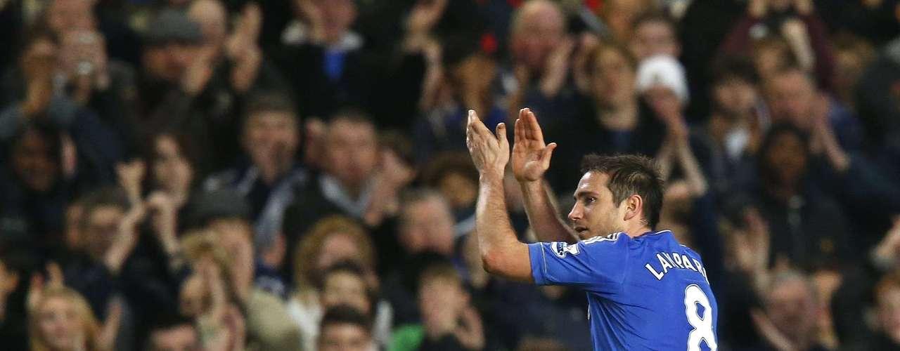 Lampard también se hizo presente con su gol 130 vistiendo la camiseta del Chelsea.