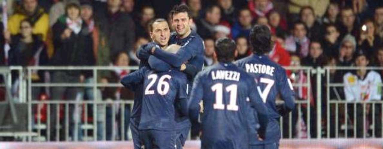 In France, there was a three-way tie in points for first place with 38, but PSG's goal differential put them ahead of Lyon and Marseilles, enough to claim the winter title.