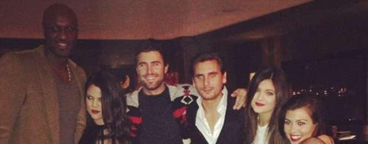 La familia Kardashian en pleno celebra la Navidad