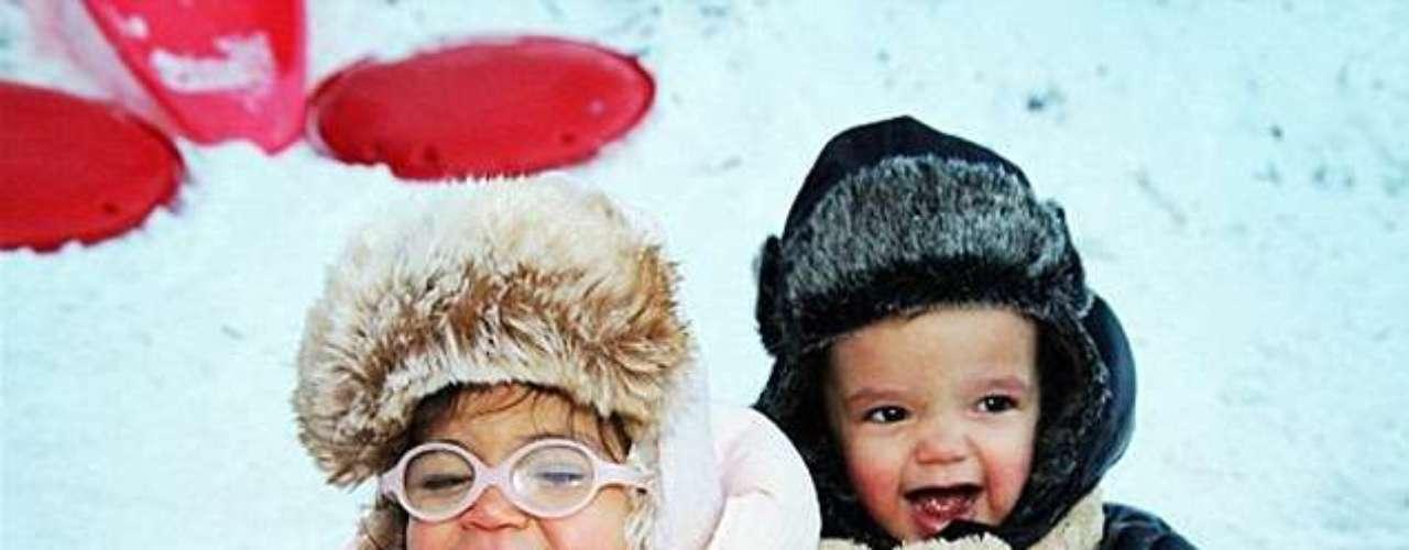 Los hijos de Mariah Carey, Monroe y Moroccan, celebran en la nieve