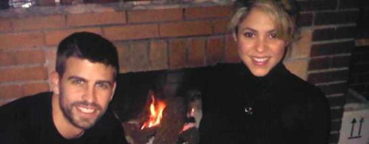 El fuboilsta publicaba el Día de Navidad esta imagen en la que se podía ver a Shakira en avanzado estado de gestación. La colombiana espera la llegada del bebé para el mes de febrero.