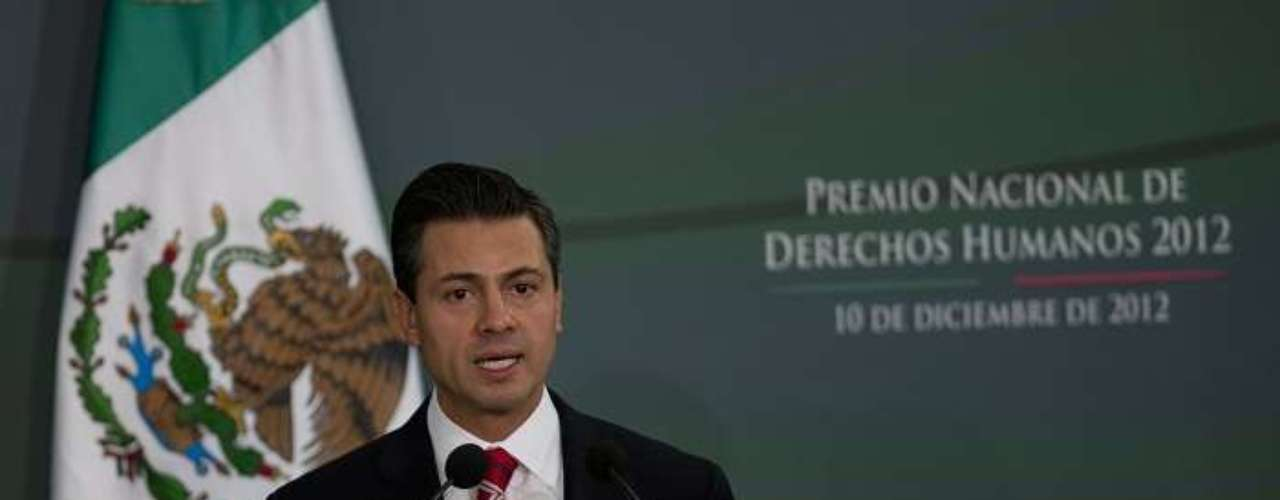 Por su parte, Enrique Peña Nieto, ha señalado que su gobierno continuará con el combate al tráfico de drogas.
