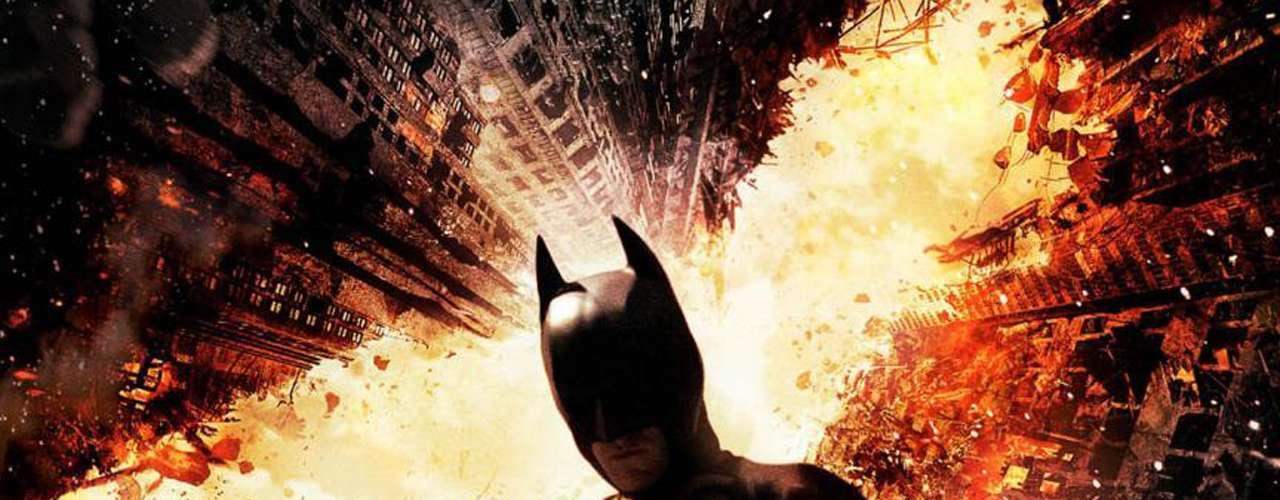 En el tercer puesto 'Batman: El Caballero de la Noche Asciende', el cierre de la trilogía de Christopher Nolan sobre el héroe enmascarado, se quedó con 8.23 millones de descargas.
