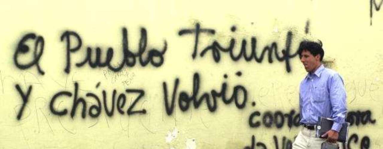 Imagen de una pared de Caracas en una zona cercana al palacio de Miraflores, residencia del presidente