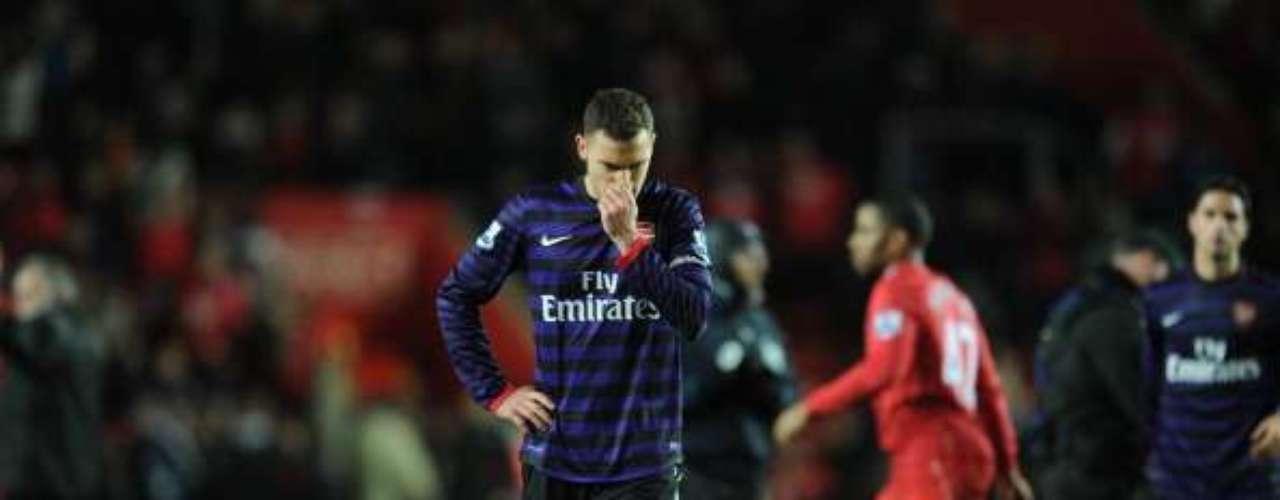 Thomas Vermaelen de Arsenal lamenta que su escuadra no pudiera lograr una victoria en patio ajeno al empatar 1-1 contra Southampton.
