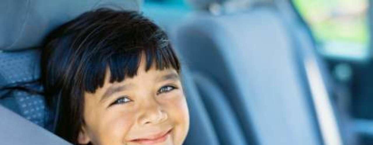 DE 5 a 12 AÑOS: Usar siempre el cinturón de seguridad, no importa la distancia del recorrido.