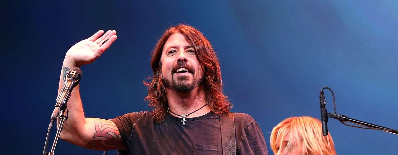 JANUARY 3 - Dave Grohl is set to debut a new supergroup at the Sundance Film Festival where his documentary 'Sound City' is set to premiere. Rolling Stone reports Foo Fighters Dave Grohl will play a show with the Sound City Players, at the 2013 at the 2013 edition of the film fest. Their first show on January 18 will feature Grohl with special guests and musicians featured in Sound City, his documentary on the now-closed yet still legendary Sound City recording studios in Van Nuys, CA. With names like Fleetwood Mac's Stevie Nicks, Nine Inch Nails' Trent Reznor and Josh Homme from Queens of the Stone Age in the film, its bound to be rocking good time!
