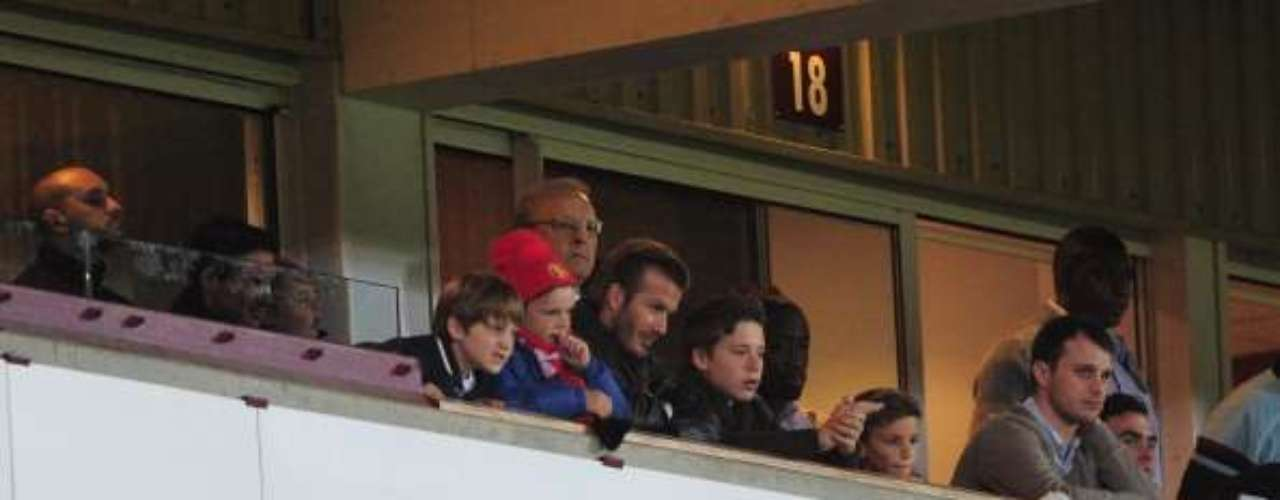 David Beckham estuvo en un palco para ver a su ex equipo.