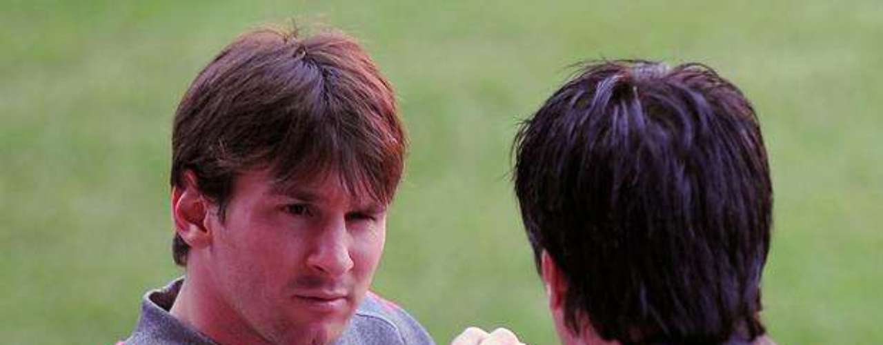 Jorge tomó una de las decisiones más importantes en la vida de Messi. Cuando el hijo tenía 13 años, tomó a un empresario y fue hasta Barcelona por las inyecciones de crecimiento que su hijo necesitaba.