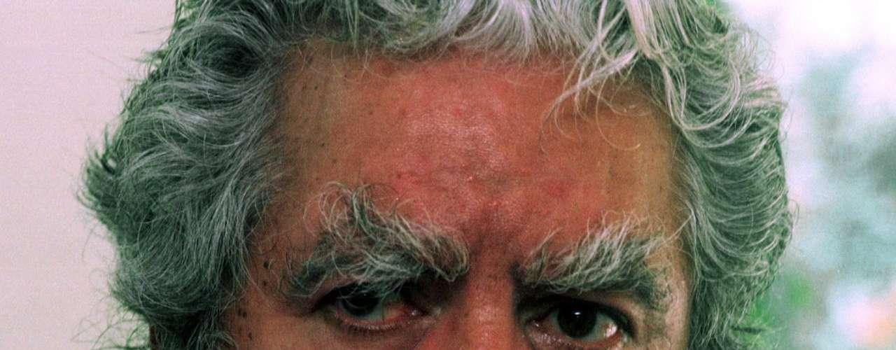 El veracruzano murió el 8 de enero a sus 78 años de edad a causa del cáncer de próstata que le fue diagnosticado en marzo de 2012.