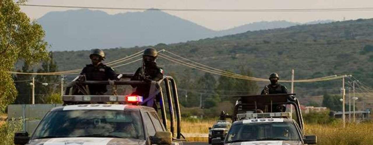 Tan seria es la violencia que el Subsecretario de Seguridad de Michoacán no revela a la prensa su nombre por razones de seguridad.