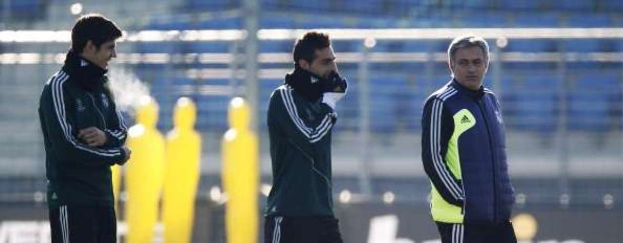 Mourinho has been in a permanent conflict with Madrid's youth team coach Alberto Toril. \