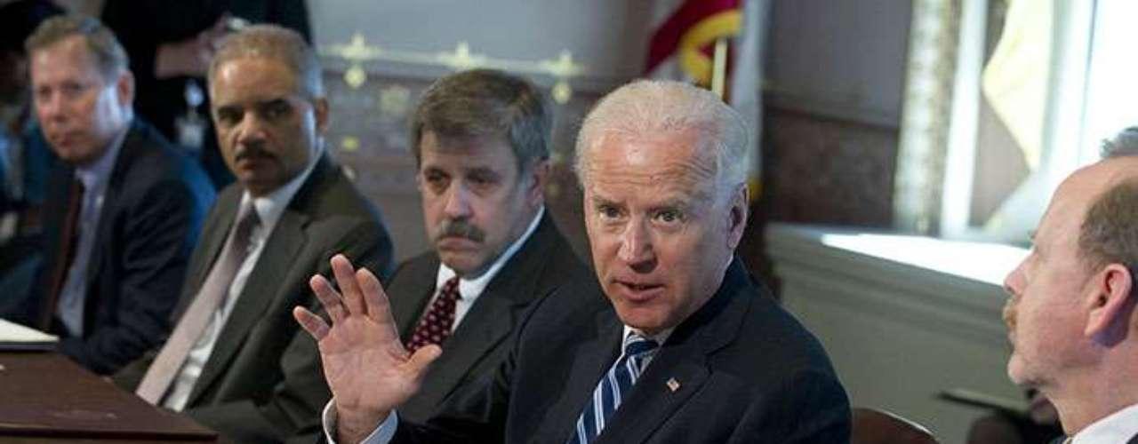 Para realizar su investigación, Biden se reunió con representantes de las organizaciones de caza y de práctica de tiro, e incluyó a miembros de la Asociación Nacional del Rifle (NRA), un poderoso grupo de presión que aboga por la tenencia de armas en Estados Unidos. Por su puesto, el funcionario incluyó en su agenda a asociaciones de víctimas y a grupos de profesionales especializados del área de la salud mental y expertos legales.