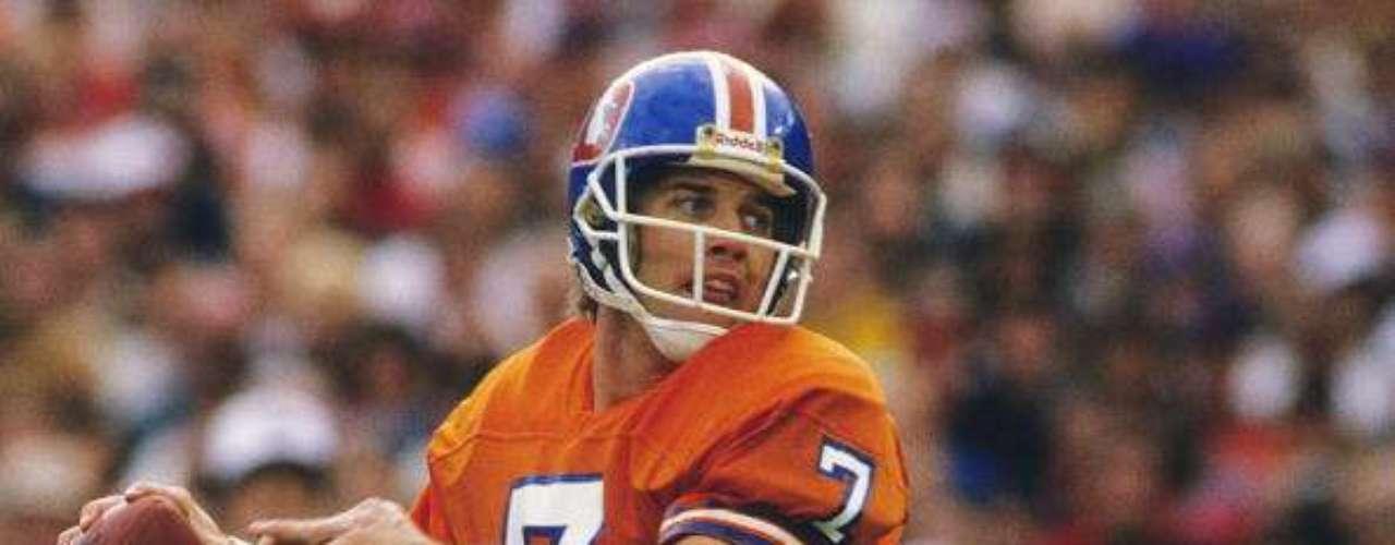 Su tercera derrota fue en la edición XXII, que se jugó el día 31 de enero de 1988 en el estadio Jack Murphy Stadium de la ciudad de San Diego, California. Los Washington Redskins vencieron 42-10 a los Broncos. El primer cuarto empezó con claro dominio de los Broncos, quienes anotaron un touchdown, cuando Ricky Nattiel atrapo un pase de 56 yardas lanzado por John Elway, luego Rich Karlis anotaría un gol de campo de 24 yardas para dejar arriba a los Broncos por 10-0. Sin embargo, los Redskins, en el segundo cuarto, liquidarían el juego anotando 35 puntos en 5 posesiones seguidas (record en juegos de postemporada); los Redskins anotaron cinco touchdowns en 18 jugadas y en un total de cinco minutos.