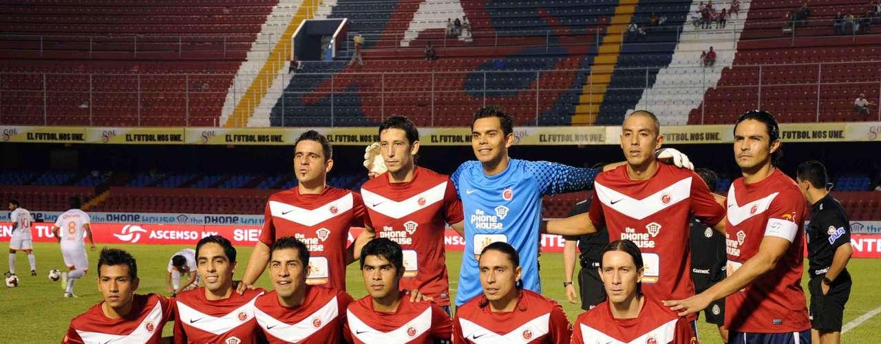 Veracruz ha diseñado un gran proyecto que lo lleve de regreso al máximo circuito, y en la búsqueda de aquella jerarquía perdida, ganar la Copa significaría un revulsivo importante, aunque deben imponerse en su grupo a Morelia, Querétaro y Estudiantes.