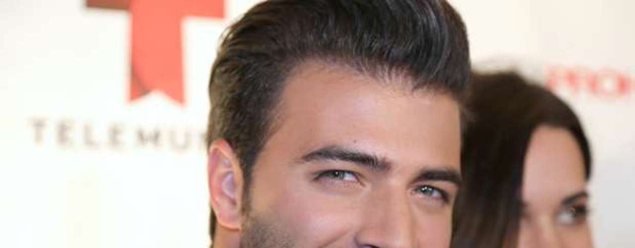 OMG!  Hunky Jencarlos Canela is getting ready for his return to the small screen.