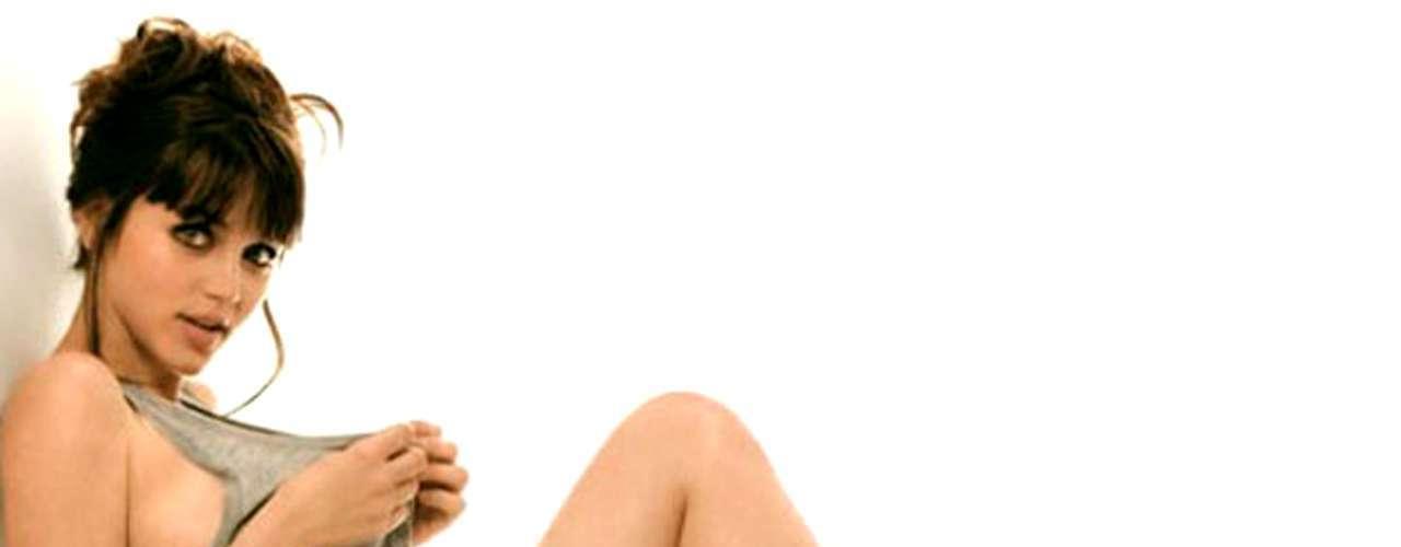 Ana de Armas es una famosa actriz de origen cubano que tiene mayor reconocimiento en España. En México pudimos ver su trabajo como actriz en la serie 'El Internado', donde daba vida a la carismática pero caprichosa 'Carolina'.