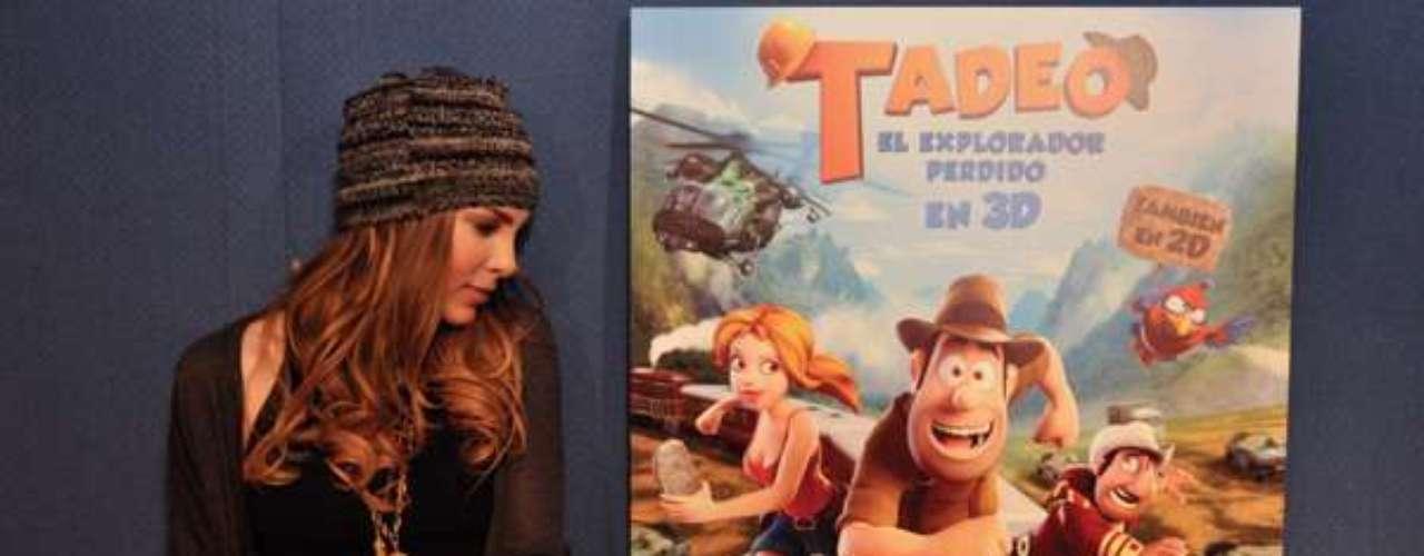 Anteriormente Belinda ya había compartido fotos a través de su Twitter en los estudios donde hacía el doblaje para la película