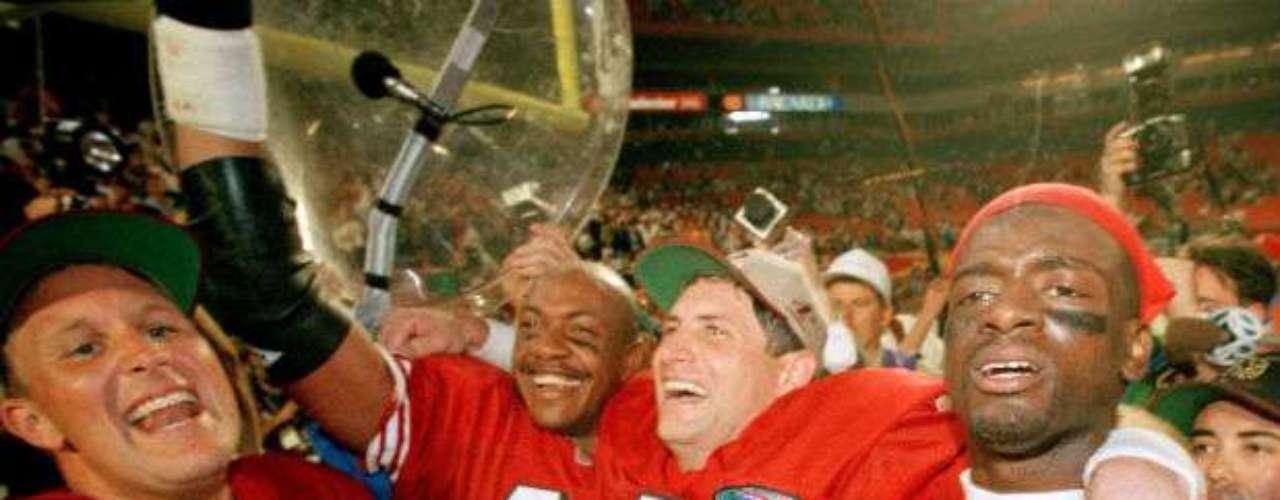 San Francisco 49ers ganó el Super Bowl XXIX por paliza al vencer 49-26 a los San Diego Chargers.