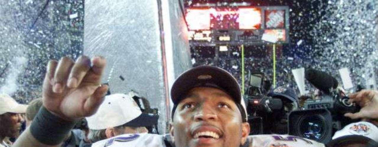 El Super Bowl XXXV fue para Baltimore Ravens que se coronaron por primera y única vez hasta el momento tras derrotar a New York Giants 34-7.