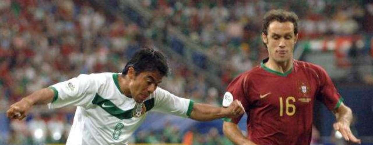 En Alemania 2006 sumó su segundo Mundial, en el que México compartió grupo con Portugal.