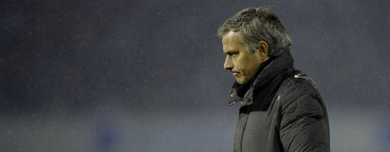 Jose Mourinho has already given up on the league, that was obvious when his team drew with Osasuna 0-0. He's also suffered locker room instability that could be his ultimate undoing.