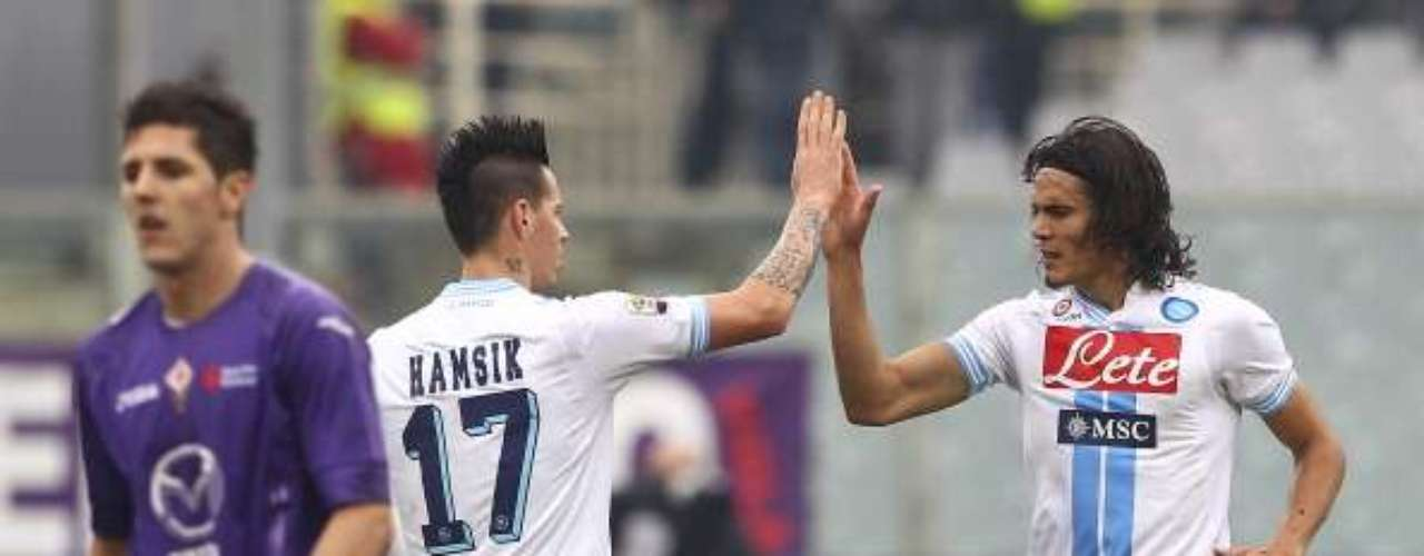 With a goal from Edinson Cavani, Napoli rescued a draw against Fiorentina.