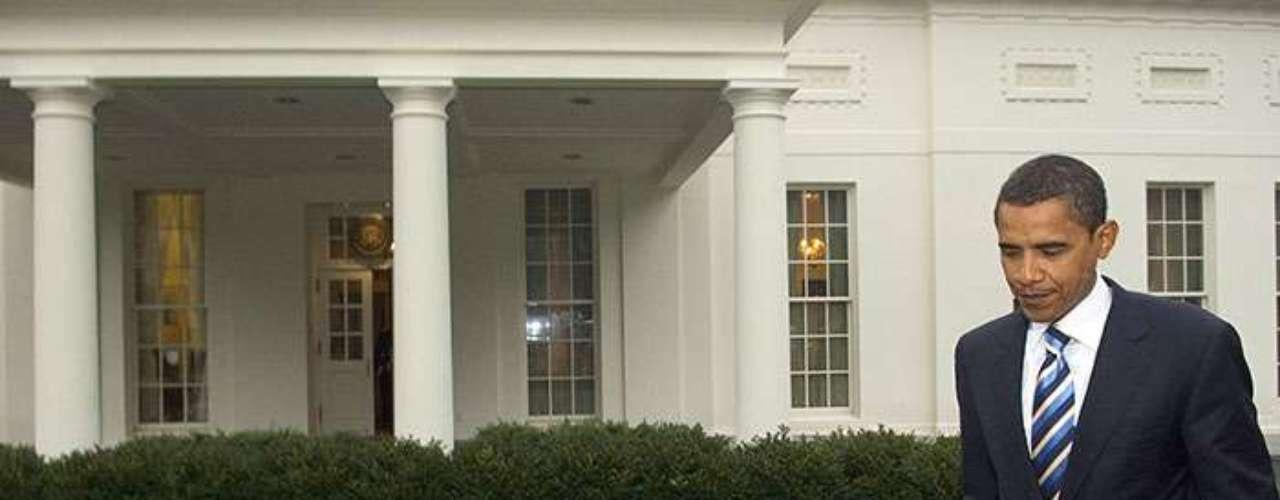 Obama se convirtió en el quinto senador afroamericano de la historia de Estados Unidos. Para lograrlo, primero tuvo que vencer a otros seis candidatos demócratas.