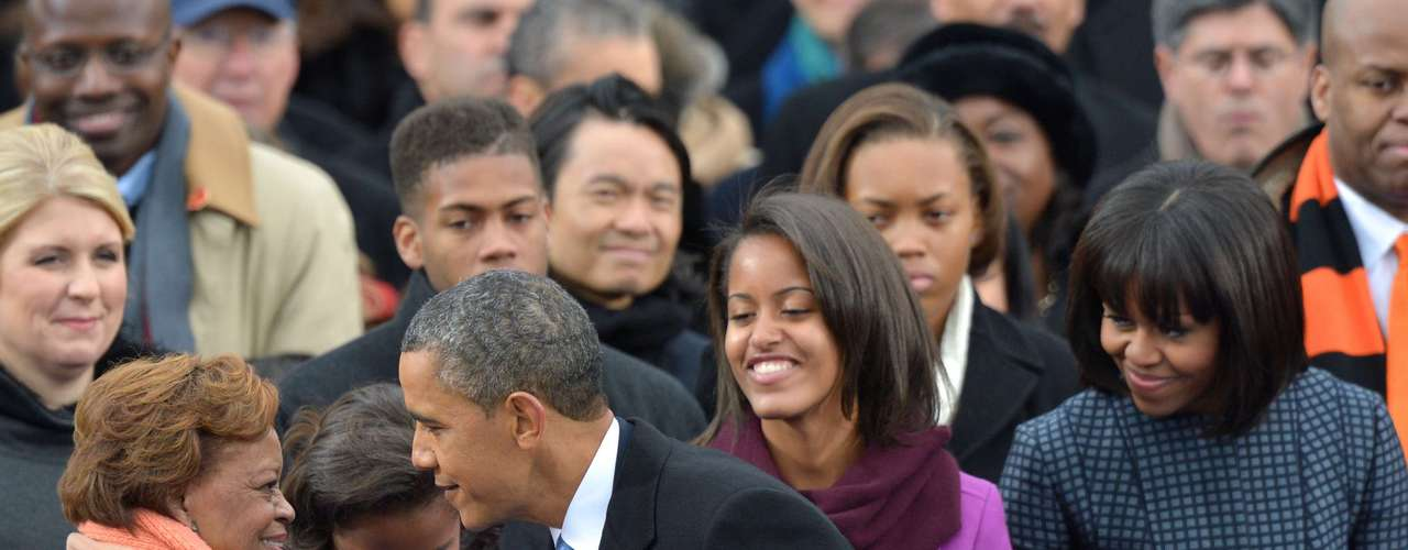 Moreover, the president and his family showed, as always,the togetherness and warmth of the family, aswith this conversationbetween Obama with his mother-in-law, Marian Robinson.