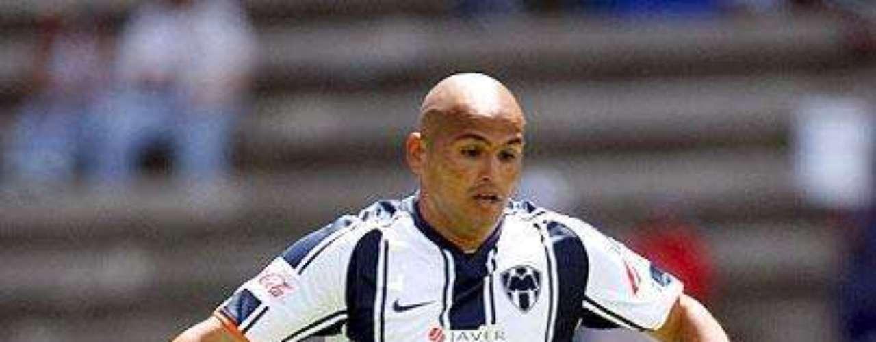 Humberto Suazo goleador de Rayados.