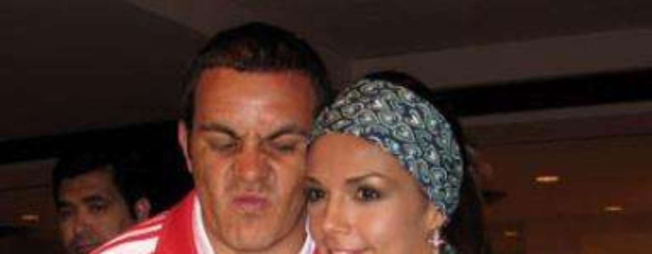 Cuauhtemoc Blanco: One of the greatest all time Mexican soccer players, is also well known for his numerous romances. He also writes a column for Terra, making him even more attractive to the ladies.