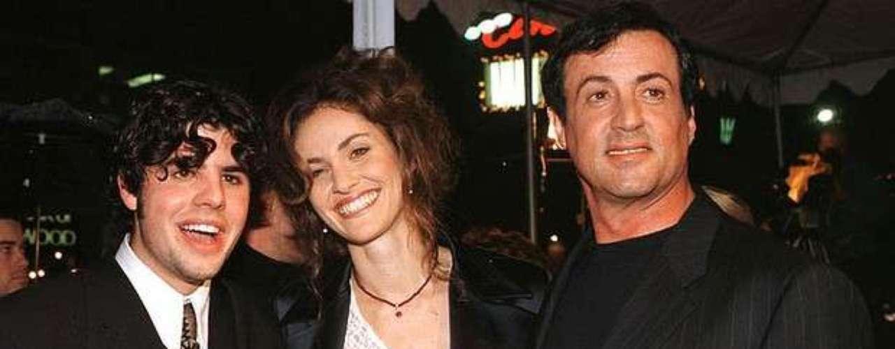 SAGE MOONBLOOD. El legendario actor Sylvester Stallone fue víctima del peor golpede su vida al enterarse de la muerte de su hijo mayor.