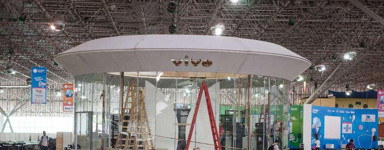 El Campus Party Brasil 2013 comienza a tomar forma en el centro de eventos Anhembi, en São Paulo. El evento inicia el próxima lunes y reunirá a 8 mil personas en una de las mayores fiestas de tecnología e innovación del mundo.