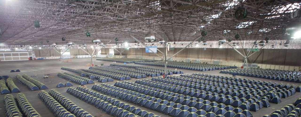 Además de las 500 horas de actividades, 5 mil campuseros dormirán en Anhembi durante toda la semana.