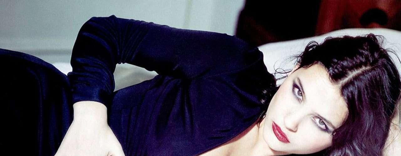 Virginie Ledoyen: es más recordada por su papel de 'Françoise' en 'La Playa', al lado de Leonardo DiCaprio pero también ha aparecido en filmes como 'El juego de los idiotas' y 'Adiós a la reina'.