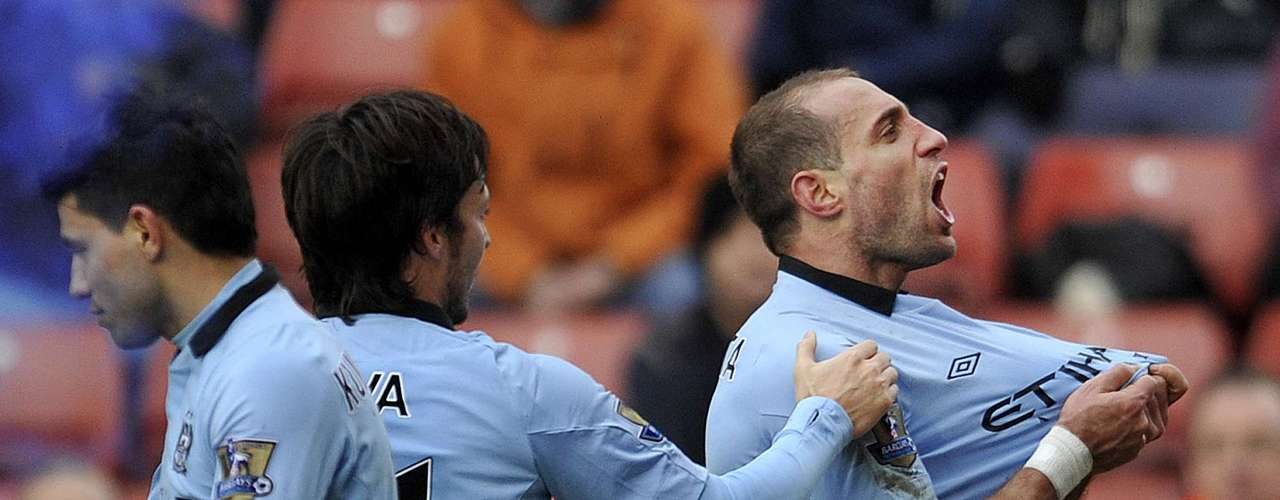 Pablo Zavaleta finished an all-Argentinean attack on a give and go from Tevez and Aguero to give City the win.
